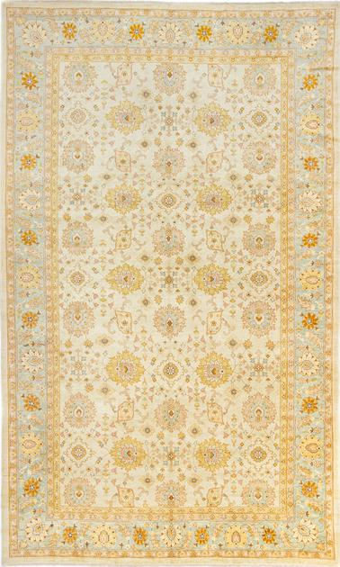 "Hand Made Pakistan Agra 11' x 18'3"" Tan"