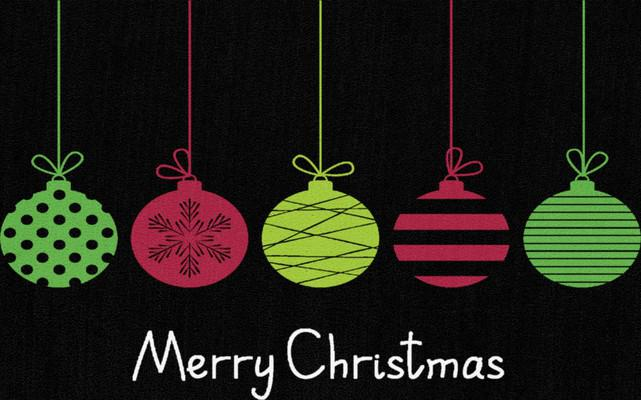 "Mohawk Prismatic Merry Ornaments Black 2'0""X3'4"""